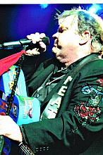 MEAT LOAF IN CONCERT IN USA PHOTOS