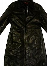 AN OLLY FORMALS & CO BLACK LEATHER WOMENS JACKET.