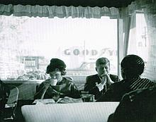 JFK AND JACKIE KENNEDY IN CAFE PRINT.