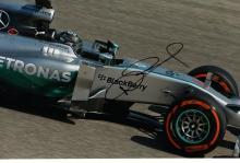 CAR RACING: NICO ROSBERG SIGNED PHOTO.