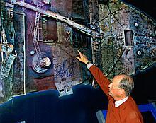 ROBERT BALLARD DISCOVRER OF TITAN.