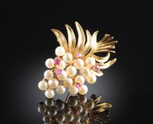 A 14K PEARL WITH RUBIES LADY'S BROOCH,
