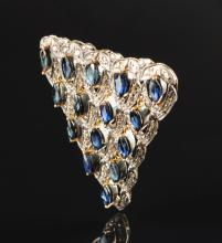 A SILVER TOP DIAMOND WITH SAPPHIRE LADY'S BROOCH/PENDANT,