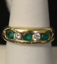 EMERALD AND DIAMOND 14KT RING