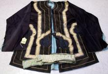 VINTAGE CHINESE SILK EMBROIDERED ROBE