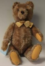 STEIFF GERMAN JOINTED BEAR