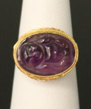 CHINESE AMEYTHST CARVED BUDDHA RING, 18KT