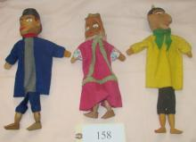 6 carved wood puppets