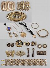 Group of (19) costume jewelry