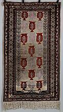 Oriental rug. 7'4''l, 3'5-1/2''w.