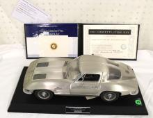 Franklin Mint Limited Edition 1963 Fine Pewter Corvette Sting Ray 1:12 Scale 0459/1000 Model Car