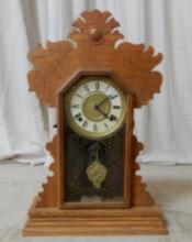 Vintage Oak Gingerbread Mantle Clock
