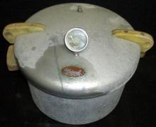 Vintage National Pressure Cooker