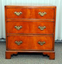 3-Drawer English Cabinet
