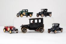 German Wind Up Car w/4 Smaller Models