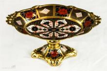 A Royal Crown Derby Old Imari comport, 1128.