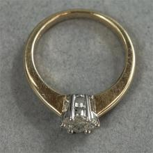 A 9ct gold and diamond cluster ring, size O, 3.9g.
