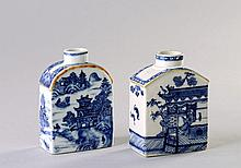 A Chinese export blue and white tea caddy, Qing
