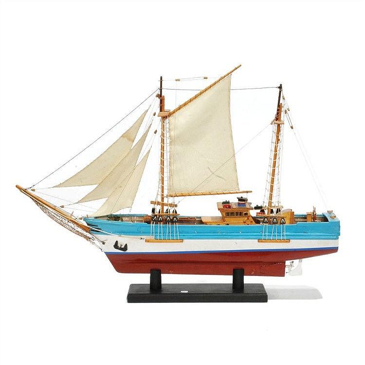 MODEL SHIP en madera . Medida 75 cms.