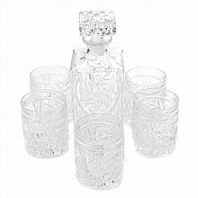 LIQUOR BOTTLE IN BOHEMIAN GLASS AND FIVE WHISKY GLASSES