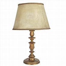 TABLE LAMP IN CARVED AND GOLDEN WOOD