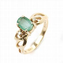 GOLD RING WITH EMERALDS AND DIAMONDS