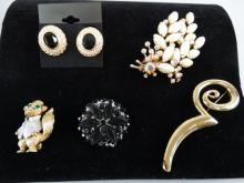 Lot of 5 Costume Jewelry Pieces