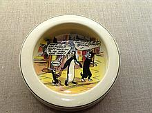 AN EARLY 20TH CENTURY ROYAL DOULTON DAILY MAIL CHILD'S POTTERY FEEDING BOWL