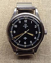 AN OMEGA 1953 R.A.F. MILITARY ISSUE PILOT'S WATCH
