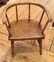 A LATE 19TH/EARLY 20TH CENTURY ELM AND ASH CHILD'S CHAIR