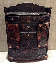 A 19TH CENTURY JAPANESE BLACK LACQUERED JEWELLERY BOX