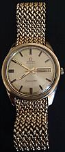 A LATE 1960S GENTLEMEN'S 9CT GOLD OMEGA SEAMASTER