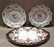 ROYAL CROWN DERBY, THREE EARLY 20TH CENTURY PORCELAIN ITEMS To include