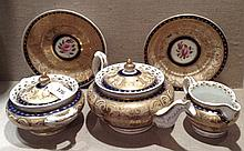 A COLLECTION OF EARLY 19TH CENTURY NEWHALL PORCELAIN To include a teap
