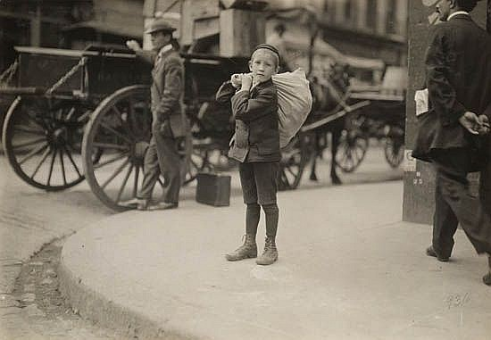 HINE, LEWIS W. (1874-1940) Boy with large bag (Boston).