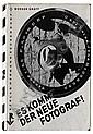 GRÄFF, WERNER. Es Kommt der Neue Fotograf! [Here Comes the New Photographer!].