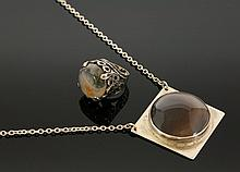 A silver agate pendant and ring, c.1970, the