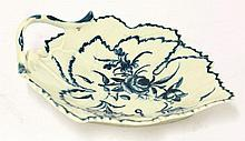 A Worcester blue and white vine leaf Dish,