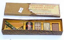 Hornby Series O-gauge 1920s Luggage Set