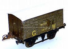 Hornby Series O-gauge No. 0 GW Milk Van