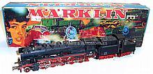 Marklin HO 3084 2-10-0 Locomotive and Tender
