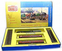 Hornby Dublo 2014 2-rail Passenger Set