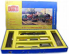 Hornby Dublo 2024 2-rail Express Goods Set