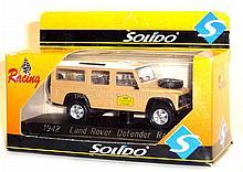 Solido No. 1942 Land Rover Defender Rally