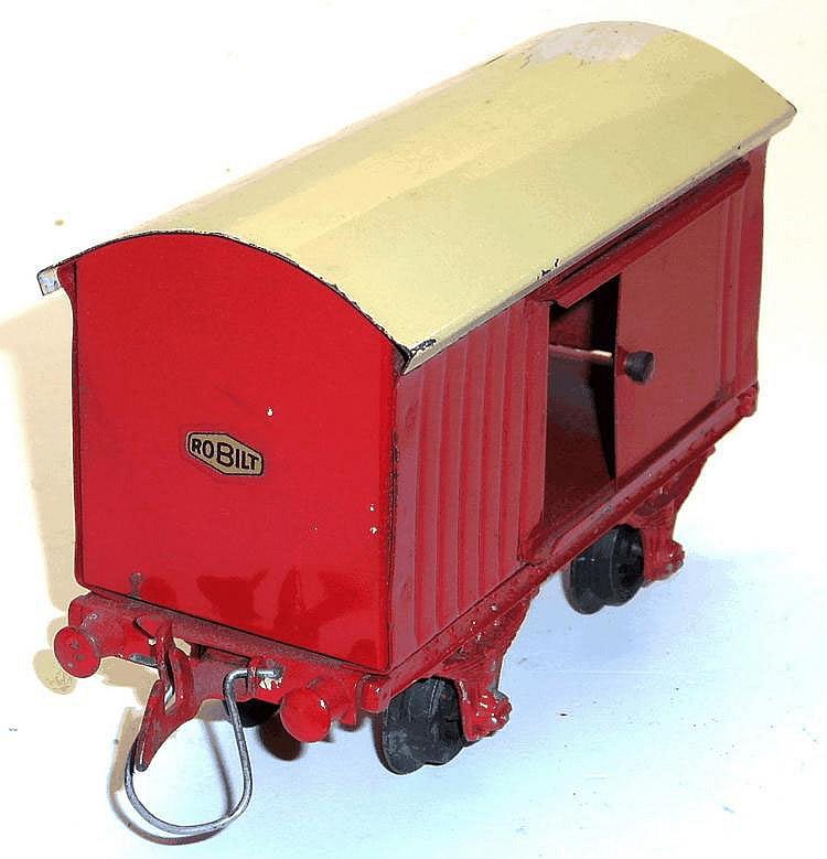 Robilt O-gauge 4-wheel Goods Van