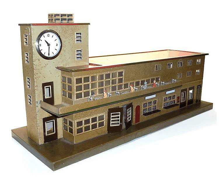 Marklin O-gauge Mainline Station