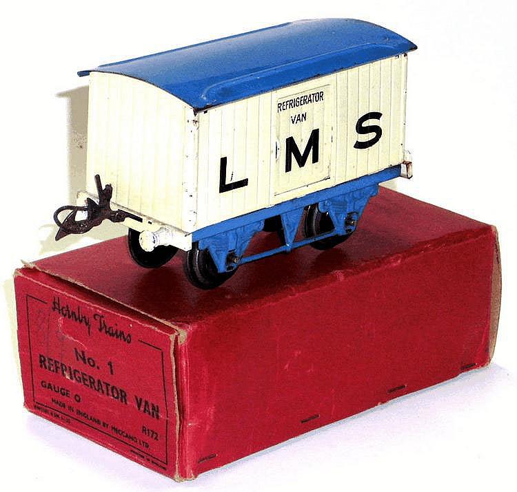 Hornby Series O-gauge LMS Refrigerator Van