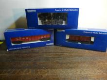 3 Industrial Model Train Cars 8001, 5002, 8102