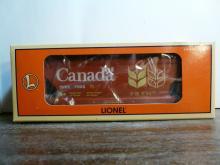 7000 Government DU Canada 2 Bay Covered Hopper
