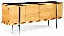 Gaston STREFF (XXe) An oak veneer sideboard, chevron patterned marquetry patinated metal legs, black opaline top, circa 1954. Height. 3